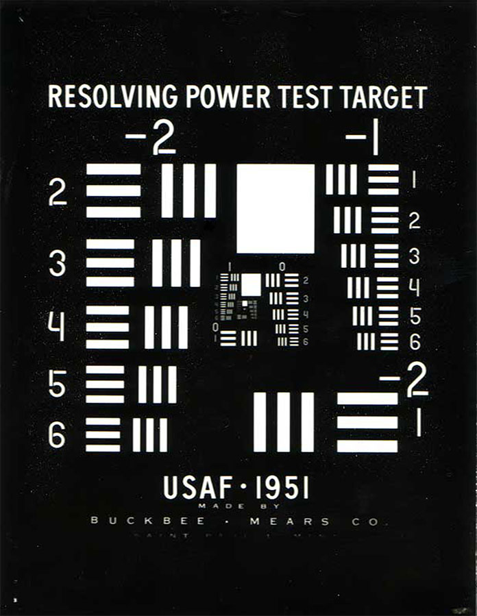 1951-USAF-resolution-test-chart-00