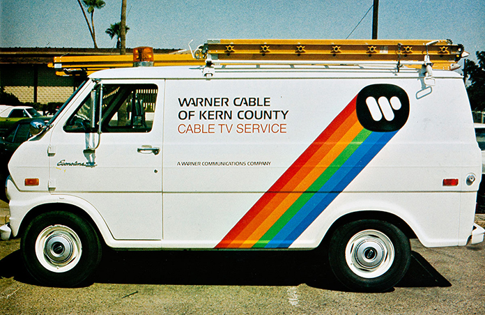 saul-bass-Warner-Communications-identite-camion-1972