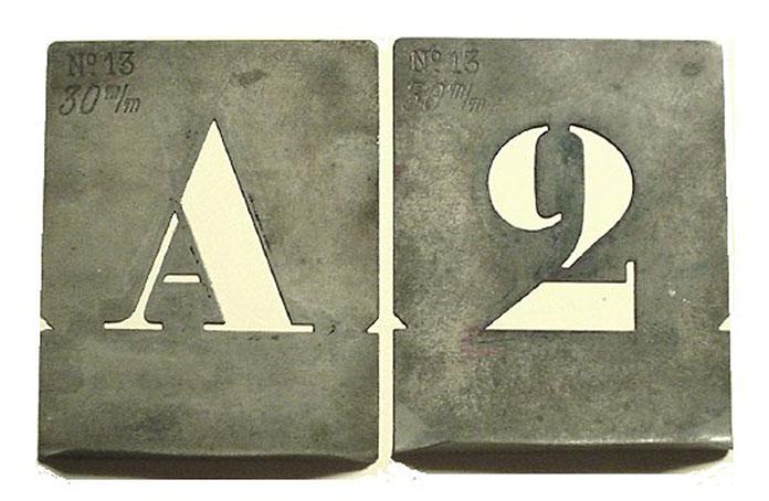le-corbusier-typographie-charette-corbu-stencil-02