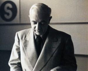 Ladislav-Sutnar-portrait-graphiste-CZ-300x240