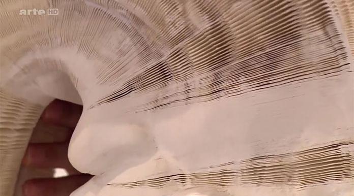 Li-HongBo-sculpture-papier-tracks-buste02