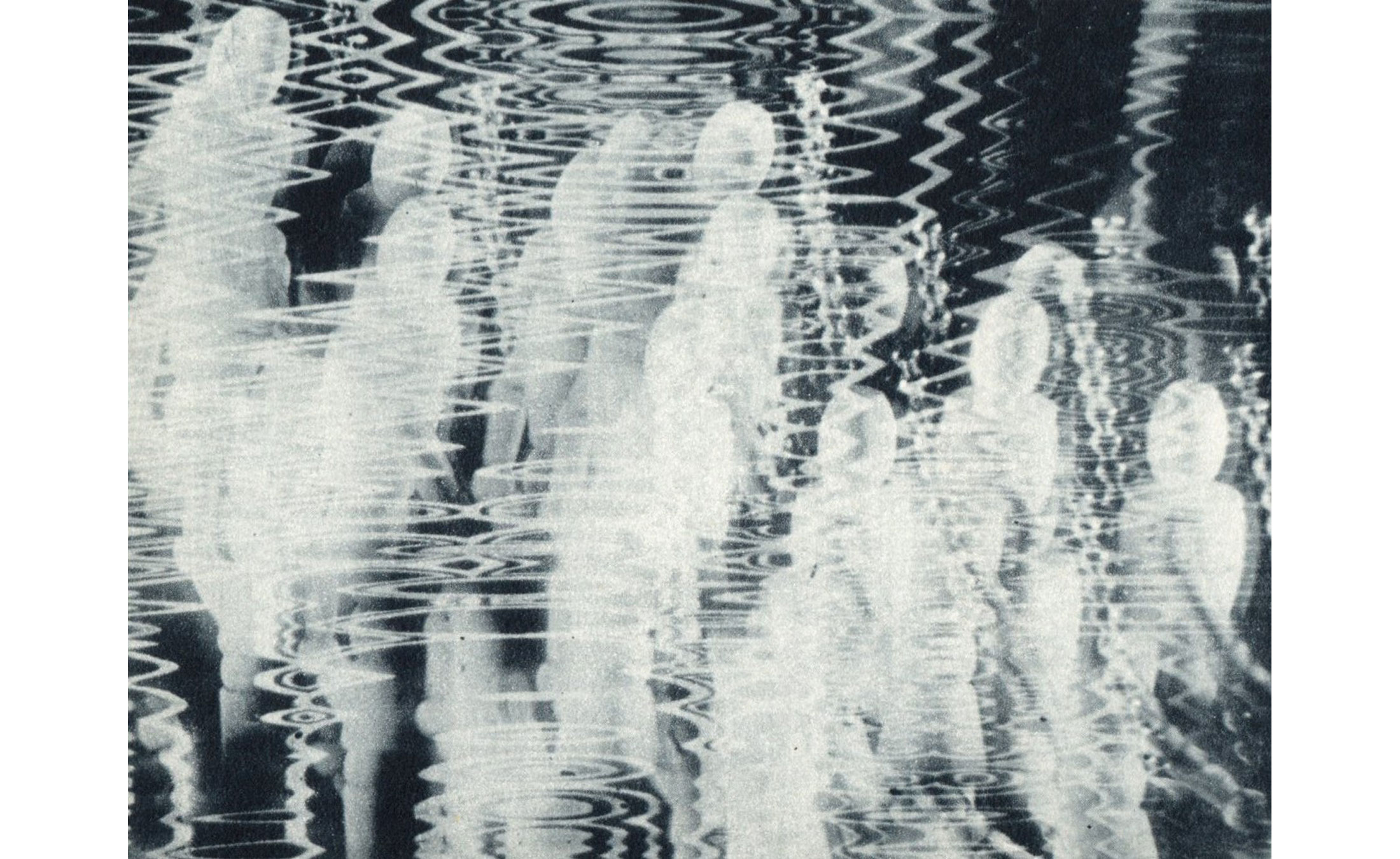 Raymond-Hains-graphisme-et-photographie-magazine-prisma-5-photographie-hypnagogique-02