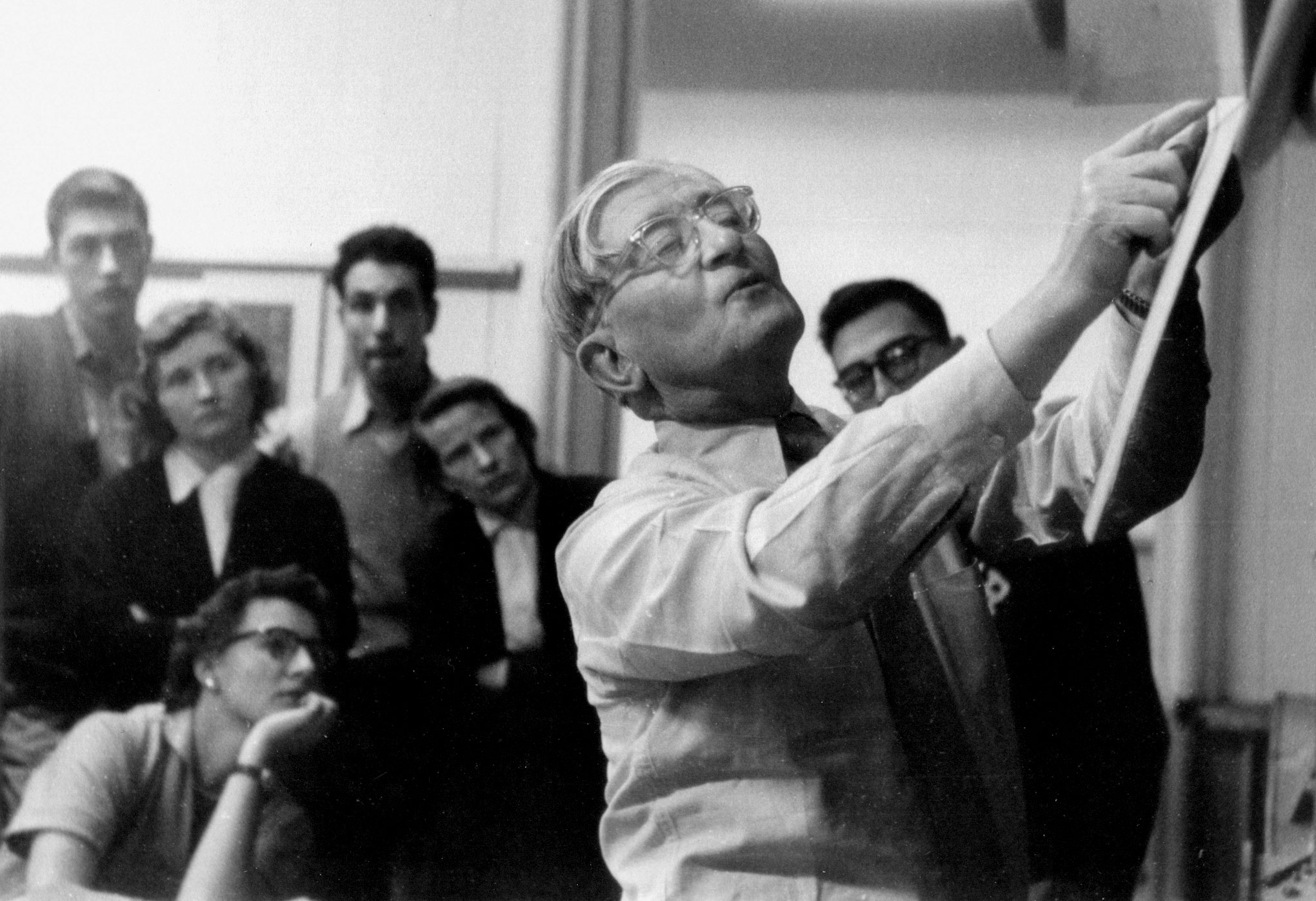 Search-Versus-ReSearch-Recollections-of-Josef-Albers-at-Yale-01