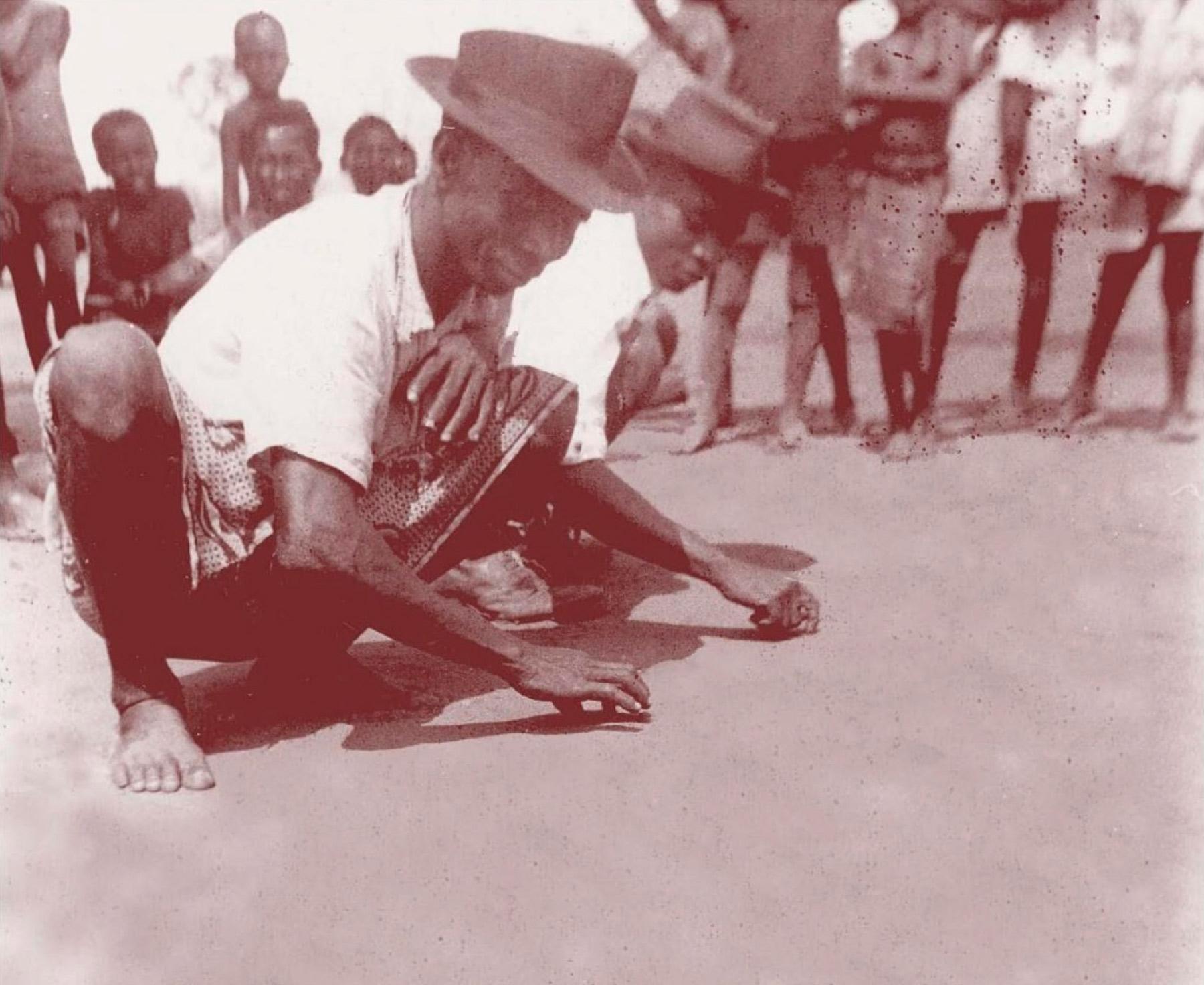 Les sona – des graphes sur le sable angolais