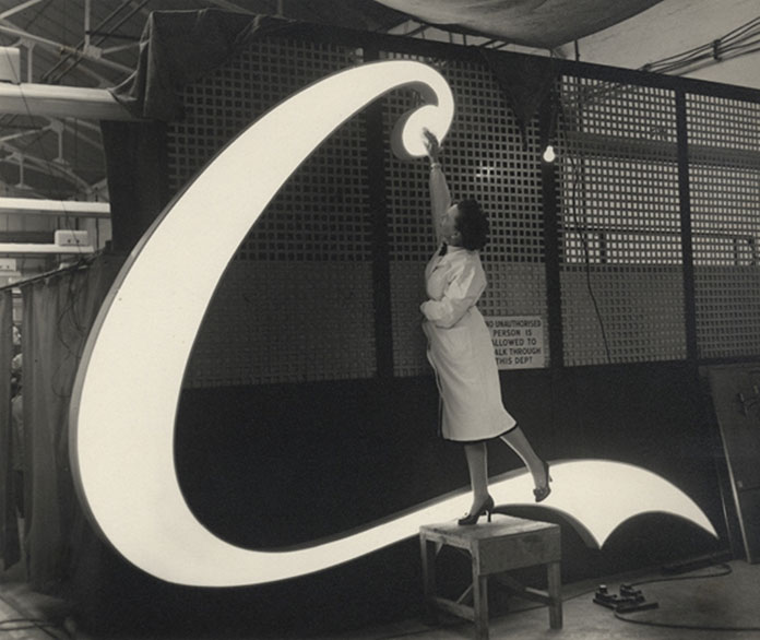coca-cola-neon-sign-1954-03