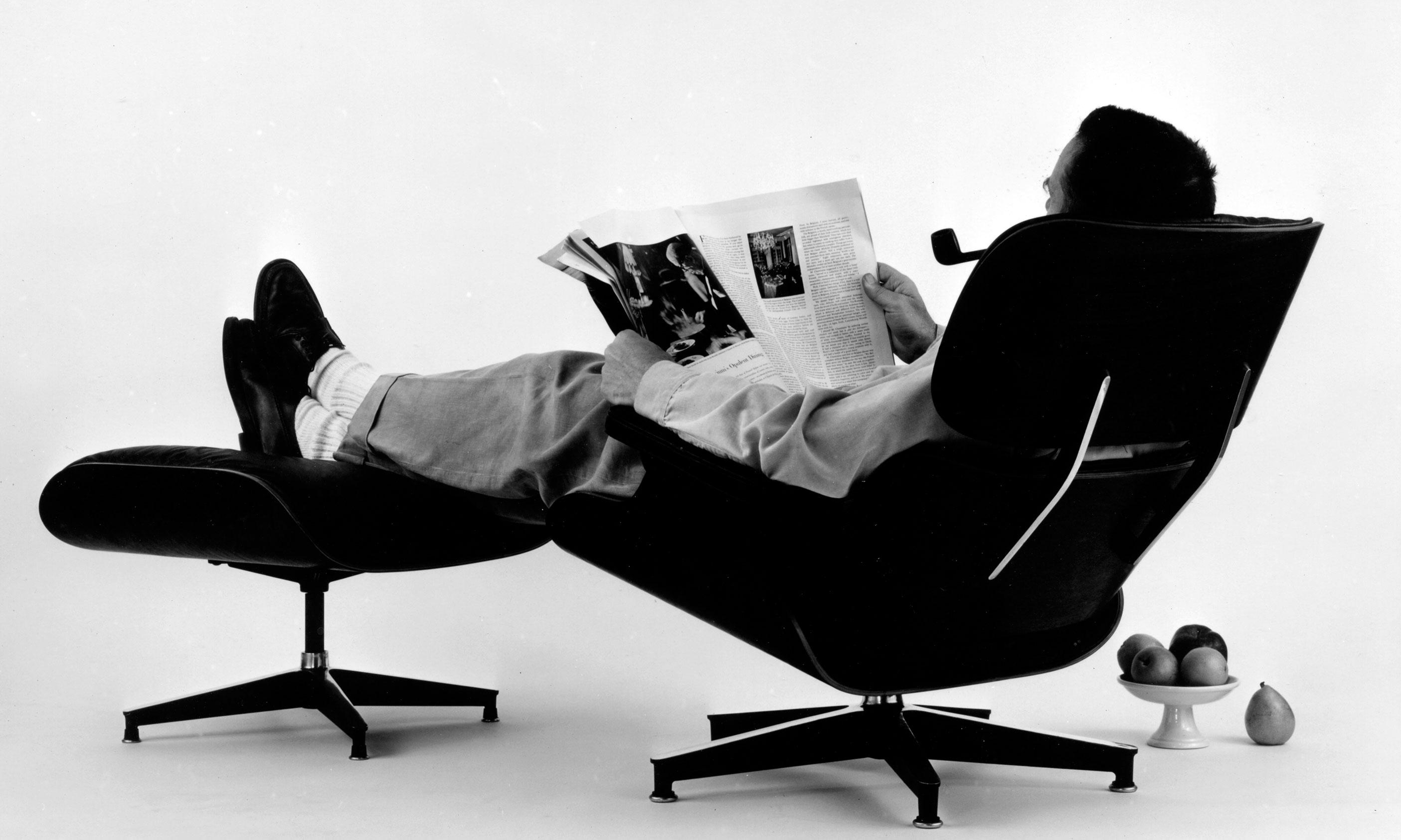 eames-LCW-Lounge-Chair-Wood