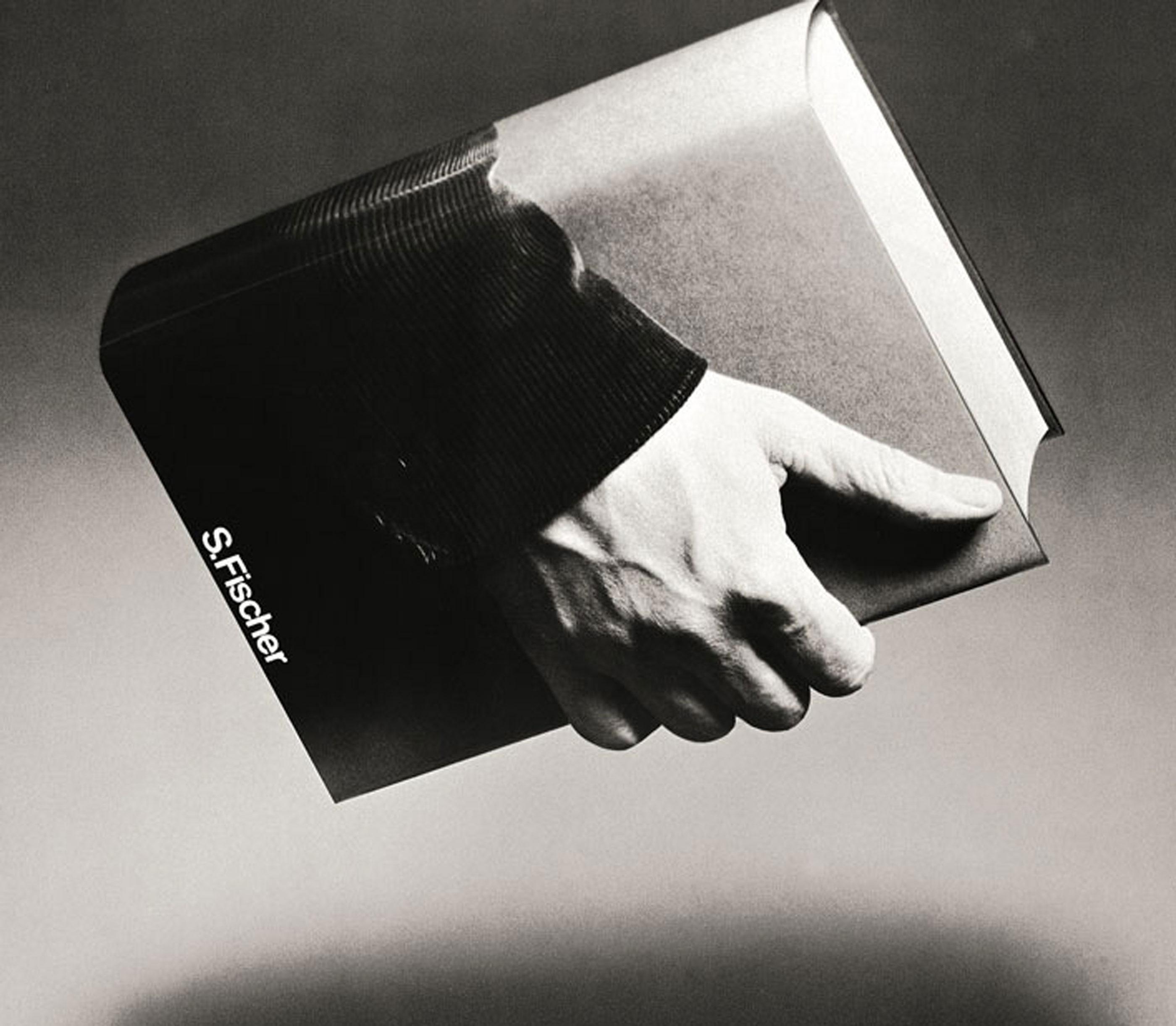 Le livre dans l'affiche