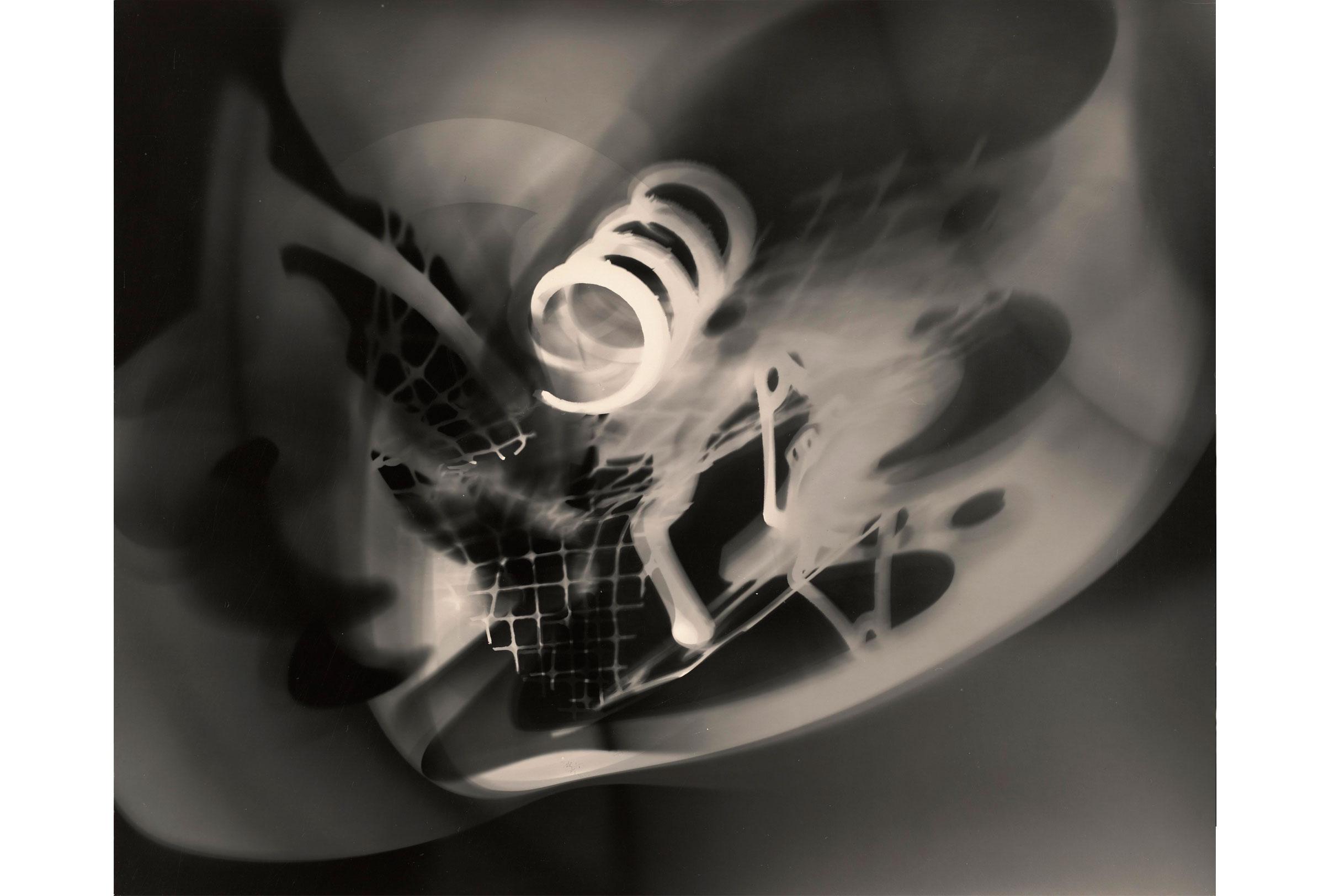 laszlo-moholy-nagy-photogramme-1925