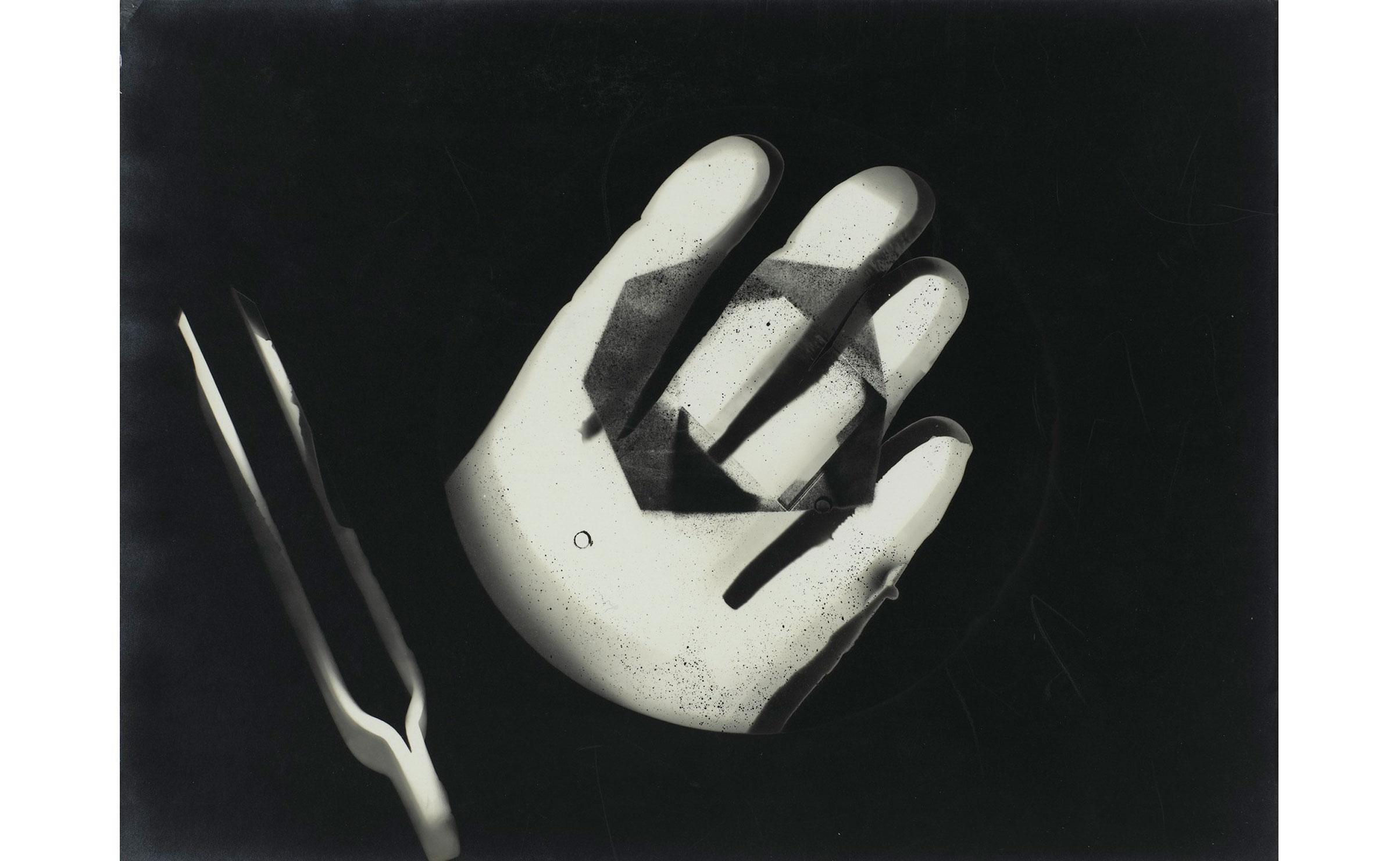 laszlo-moholy-nagy-photogramme